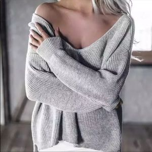 LOOSE KNIT OFF THE SHOULDER SWEATER